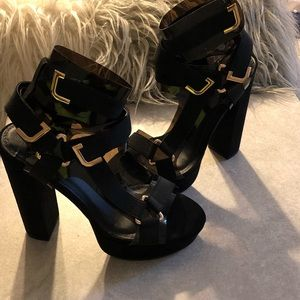 """Shoes - High heels """"Strapped up"""""""